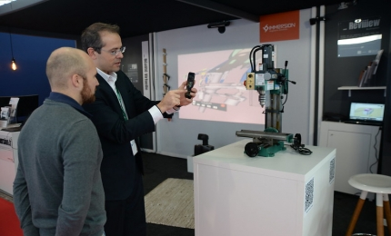 Exhibitor on his stand at SOLUTRANS 2019