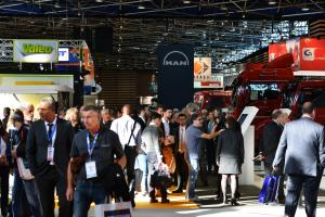 Visitors going to see exhibitors' stands at the SOLUTRANS exhibition